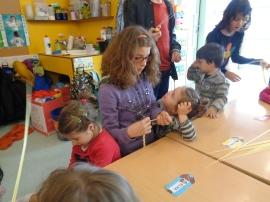 Els alumnes d'infantil fan cuquets.